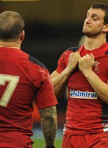 Sam Warburton Wales v SA 2013