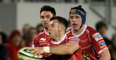 Scarlets respond with big win