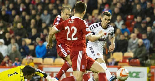 Hearts cause Pittodrie upset