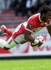 Biarritz s winger Teddy Thomas