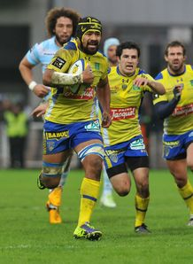 Clermont number eight Fritz Lee