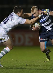Mark Jennings of Sale Sharks tackled