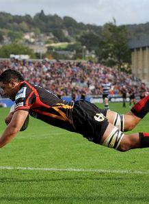 Toby Faletau scoring for Dragons