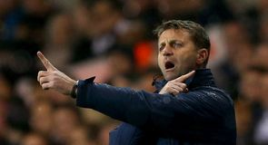 Sherwood wants Tottenham job
