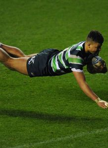 Guy Armitage of London Irish scores a try Amlin Challenge Cup