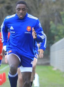 Yannick Nyanga France training 2014