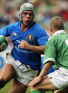 Alessandro Troncon when playing for Italy