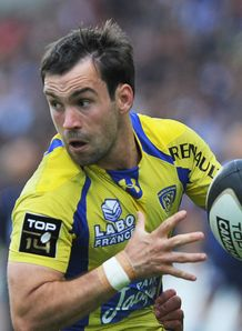 Clermont s French scrum half Morgan Parra R