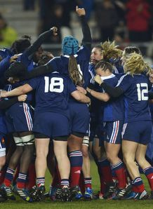 France Women celebrate beating England