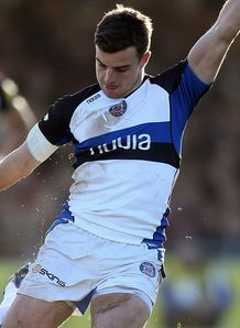 George Ford kicking for Bath