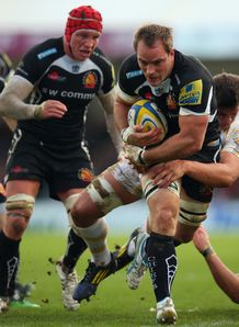 Kai Horstmann carrying for Exeter Chiefs