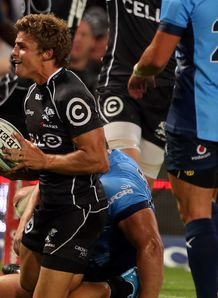 Pat Lambie Sharks Bulls 4th try