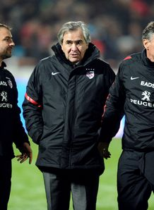 Toulouse s president Rene Bouscatel C and backs coach Jean Baptiste Elissalde L and head coach Guy Noves