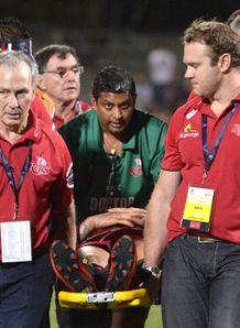 quade cooper on stretcher reds v rebels pre season 2014