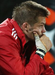 richie mccaw injured thumb blues v crusaders super rugby