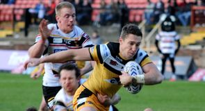 Tigers win Wigan thriller