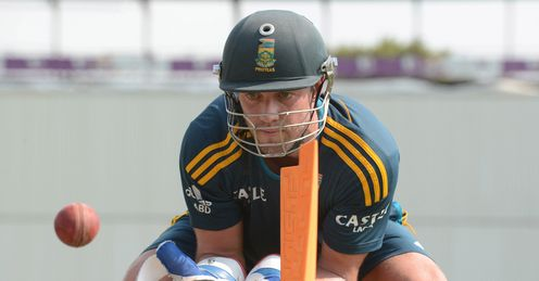 South African star AB de Villiers is in the runs but had a wicket-keeping blip in Port Elizabeth