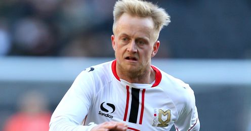 NI call up MK Dons' Reeves
