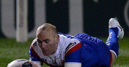 Luke Walsh St Helens try 2014