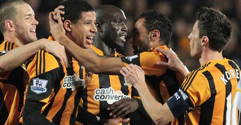 Hull ease into quarter-finals