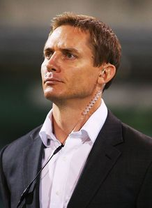 stephen larkham brumbies