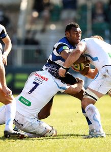 Bath wing Semesa Rokoduguni tackled