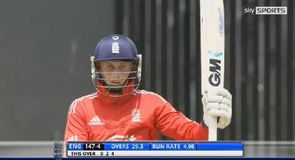 Root and Buttler star for England