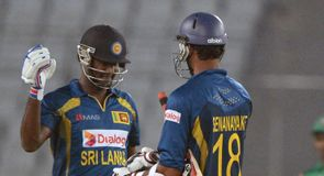 Mathews steers Sri Lanka home