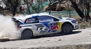 Ogier extends Mexico lead