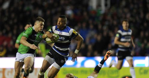 Anthony Watson of Bath breaks away from James O Conner and Shane Geraghty of London Irish