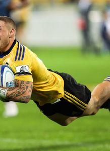 tj perenara hurricanes blues