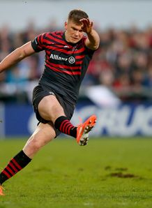 Saracens fly half Owen Farrell kicking in Heineken Cup quarter final