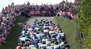 The peloton was greeted by a wall of sound in the first Ardennes Classic of the season