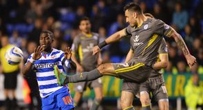 Reading and Leicester share the spoils