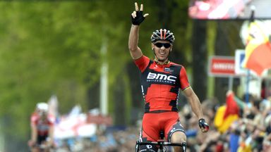 Gilbert wins Amstel Gold Race