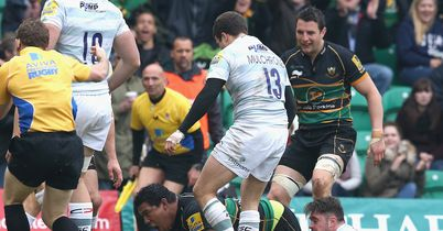 Northampton hold off Exiles