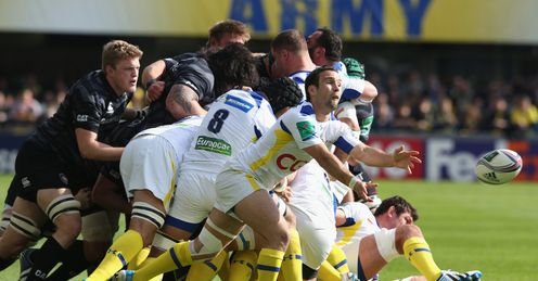Morgan Parra of Clermont passes the ball during the Heineken Cup quarter final match between Clermont Auvergne and Leicester Tigers