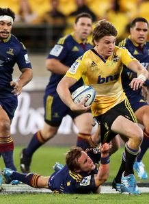 beauden barrett hurricanes highlanders