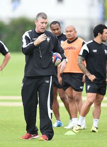 Dean Ryan coaching the Barbarians