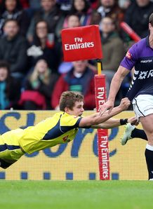 Lee Jones of Scotland v Australia IRB Glasgow Sevens