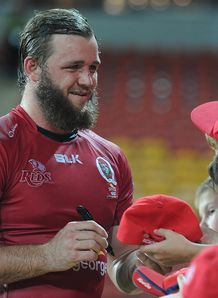Reds flanker Curtis Browning