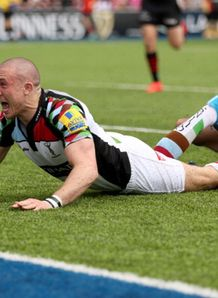 mike brown scores harlequins saracens