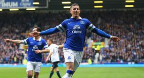Barkley signs new Everton deal