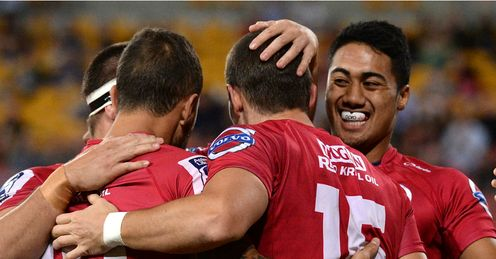 MIKE HARRIS QUEENSLAND REDS TRY