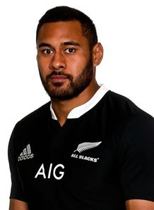 Patrick Tuipulotu wearing All Blacks jersey
