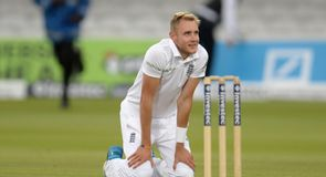 England denied dramatic win