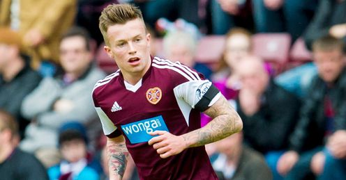 Oliver signs fresh Hearts deal