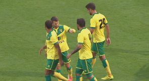 Norwich hit five against Nice