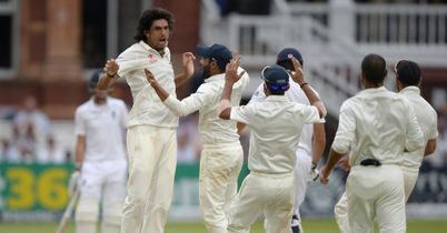 Second Test: England struggling in pursuit of 319 against India