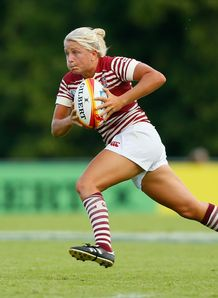 Ceri Large of England in action during the IRB Women s Rugby World Cup